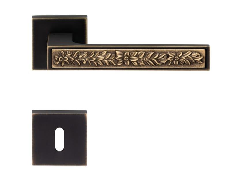 Brass door handle with lock ZEN FUSION | Door handle with lock by LINEA CALI'