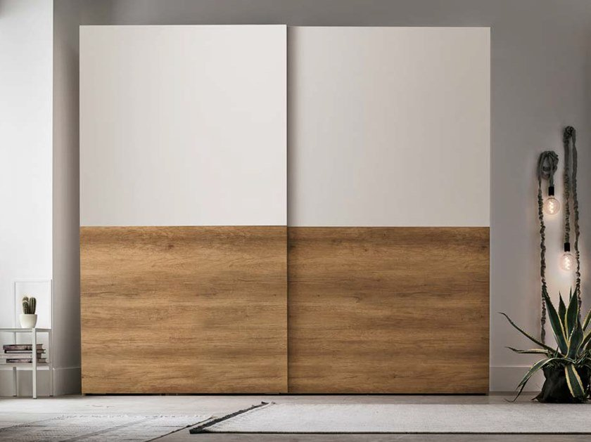Sectional wardrobe with sliding doors DOUBLE by Gruppo Tomasella