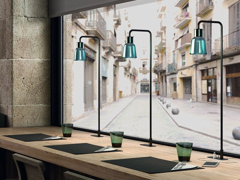 LED table lamp DRIP M/70 by BOVER