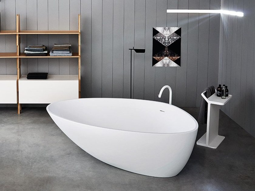 Freestanding Cristalplant® bathtub DROP | Bathtub by Agape