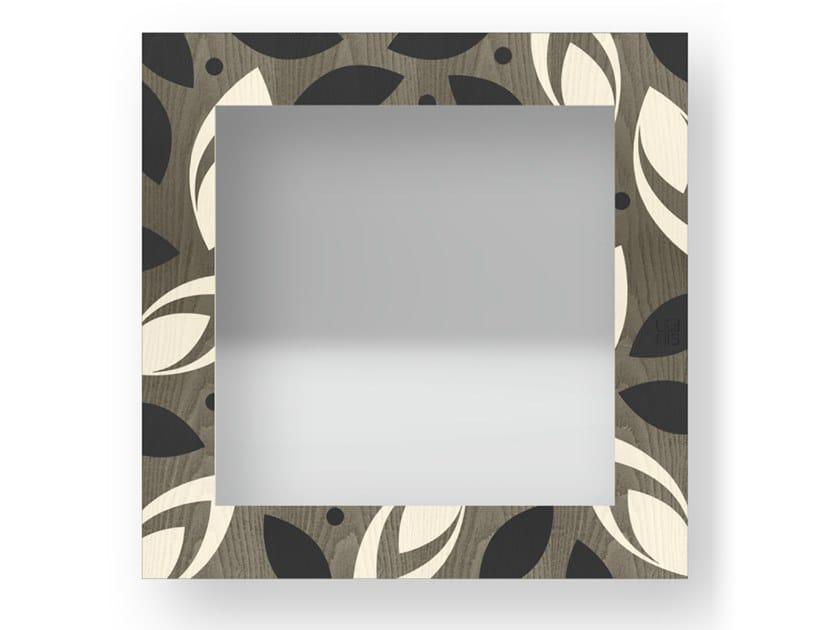 Specchio quadrato a parete con cornice DROPS COLD | Specchio by LIGNIS®