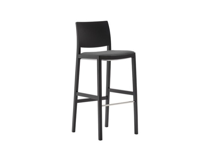 High barstool with integrated cushion DUOS BQ2758 by Andreu World