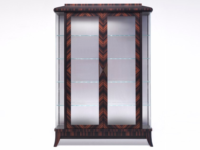 Wood and glass display cabinet E 1586 | Display cabinet by Annibale Colombo