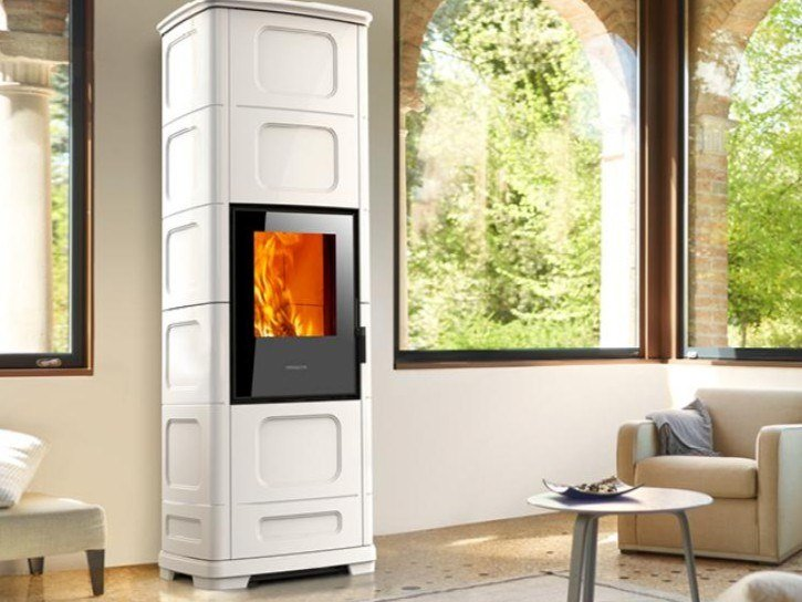 Multi-fuel faïence stove E228 C-H by Piazzetta