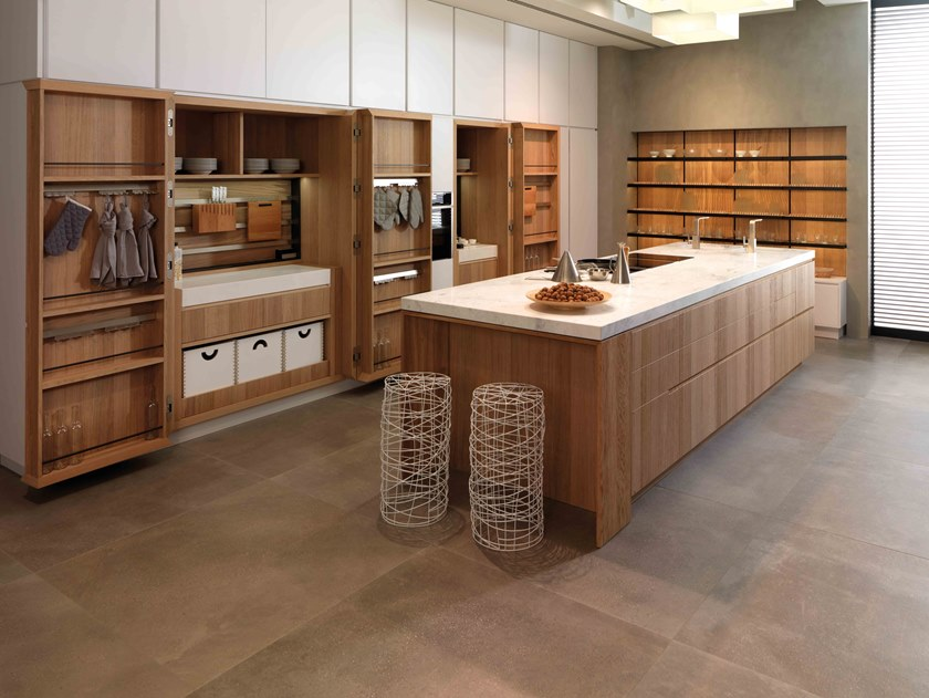 Fitted kitchen with island BIEDER E7.90/E4.90 by Gamadecor