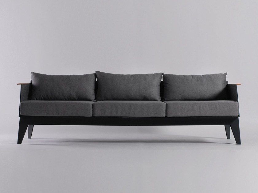 3 seater sofa E8 by ODESD2