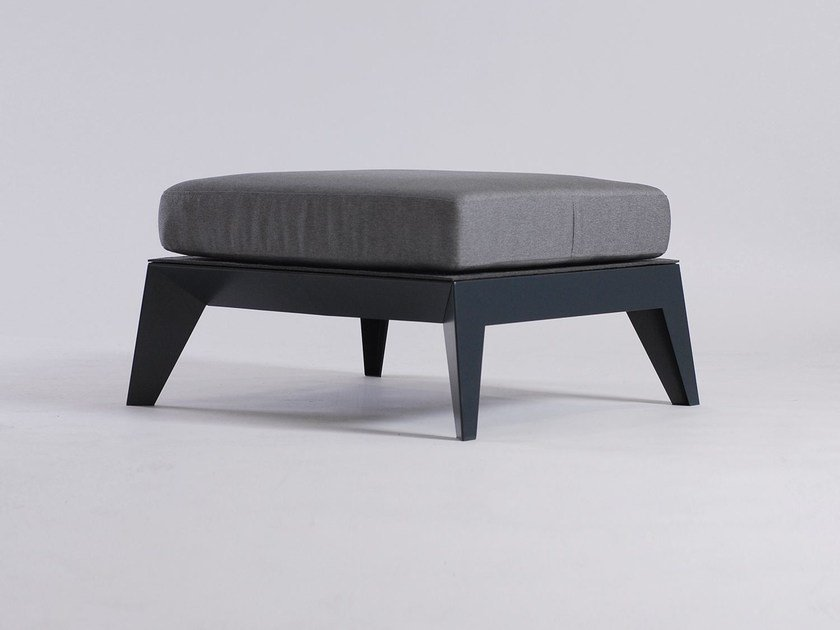 Upholstered backless bench seating E9 by ODESD2