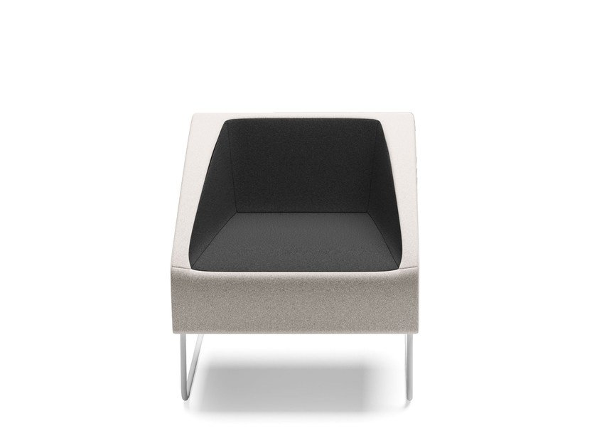 Sled base easy chair with armrests ITACA | Easy chair by Arte & D