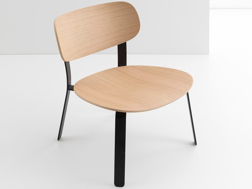 Steel and wood easy chair SPRINGBACK | Easy chair by CRUSO