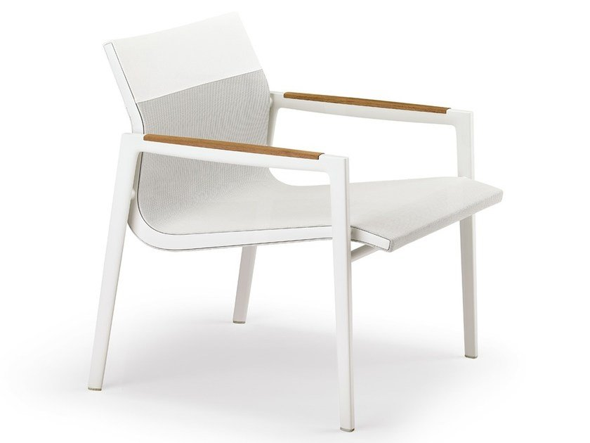 Garden easy chair with armrests DEAN | Easy chair by DEDON