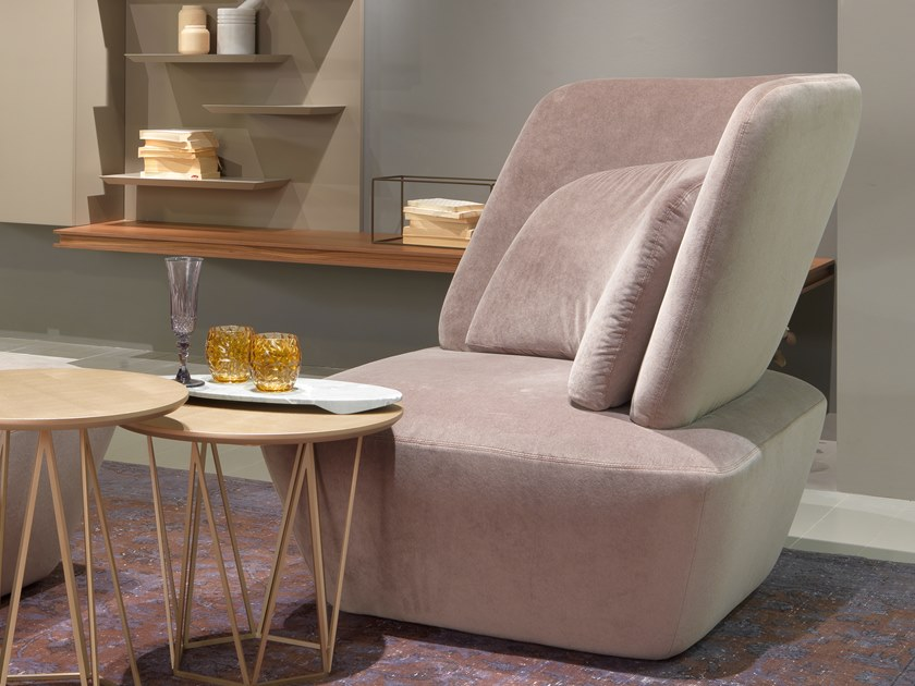 SOHO   Easy chair