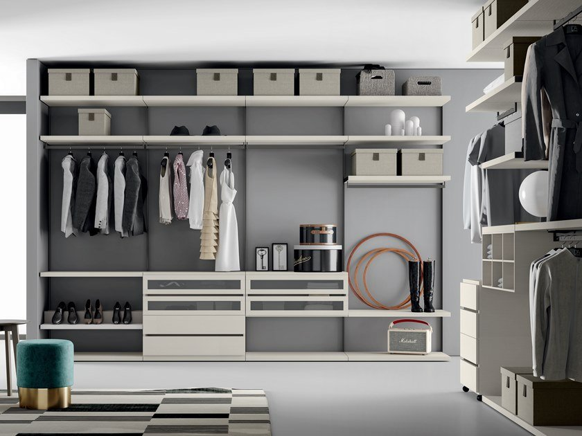 Custom melamine-faced chipboard walk-in wardrobe EASY PROJECT UP 01 by Dall'Agnese