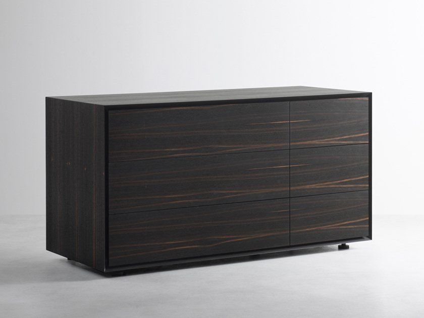 Chest of drawers with integrated handles QUARANTACINQUE | Ebony chest of drawers by Capo d'Opera