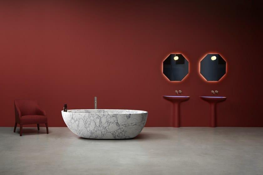 Bagni In Marmo Di Carrara : Vasca da bagno centro stanza ovale in marmo di carrara eclipse