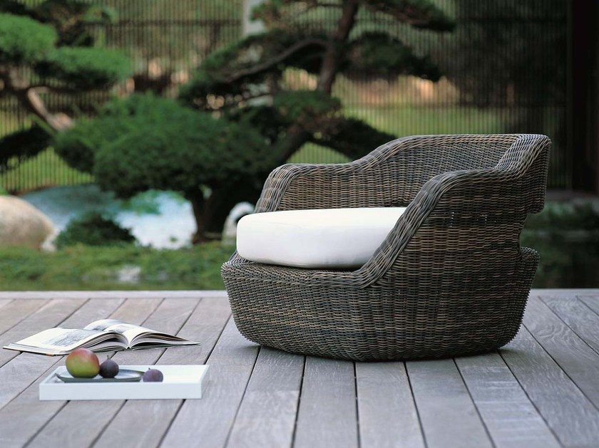 Garden armchair with armrests EDEN | Garden armchair by Unopiù