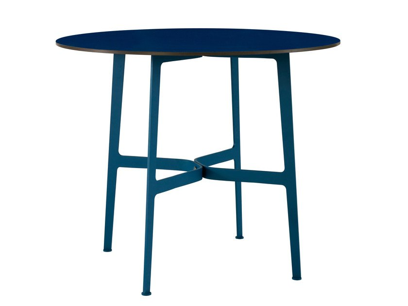 Round HPL garden table EILEEN | Round table by SP01