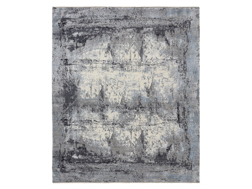Handmade custom rug ELEMENTS STORMBORDER GREYS by Thibault Van Renne
