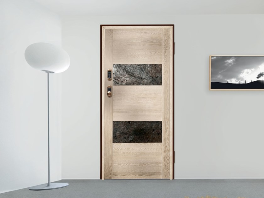 Safety door with electronic lock ELETTRA by DIERRE