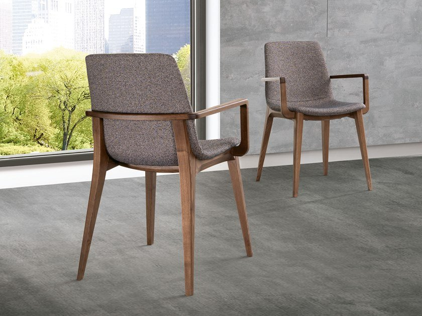 Upholstered chair with armrests ELLEN | Chair with armrests by Pacini & Cappellini