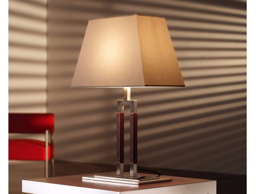 Metal table lamp EMA M/53 by BOVER