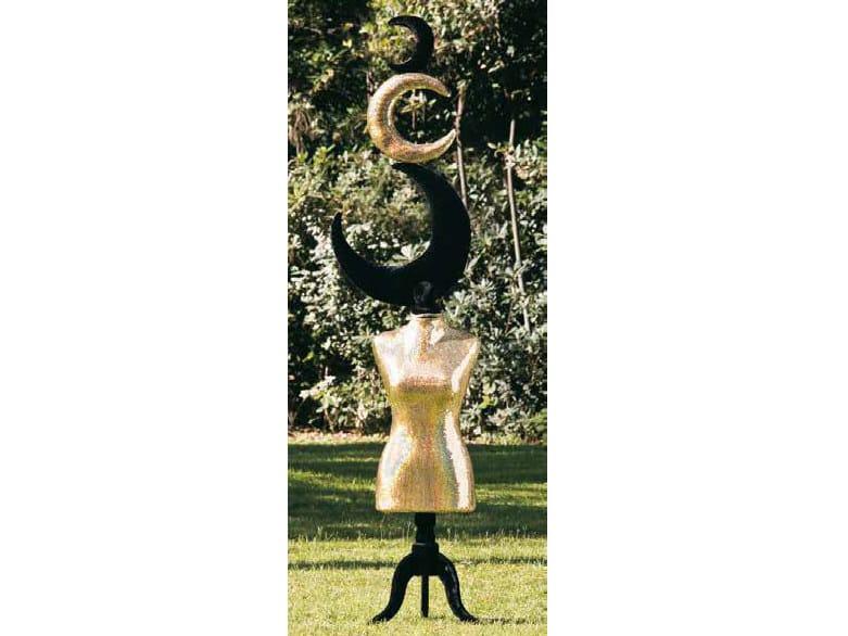 Fabric sculpture EN CLAIRE DE LUNE by Mirabili