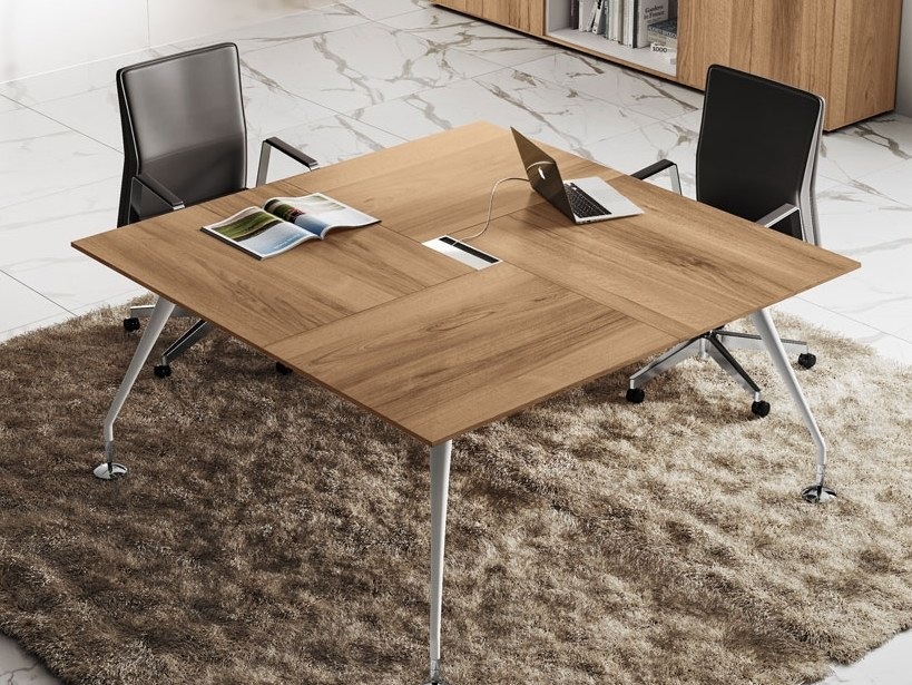 Square meeting table ENOSI EVO | Square meeting table by Las Mobili