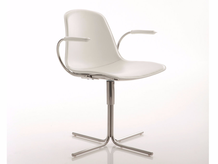 Leather chair with 4-spoke base with armrests EPOCA | Chair with 4-spoke base by Luxy