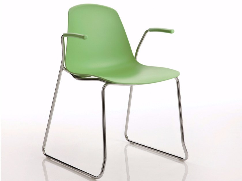 Sled base stackable polypropylene chair with armrests EPOCA | Sled base chair by Luxy