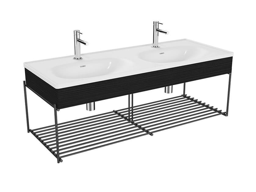 Mobile lavabo doppio in legno con porta asciugamani EQUAL | Mobile lavabo in stile moderno by VitrA Bathrooms