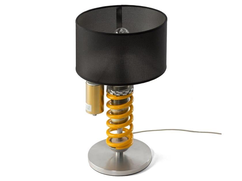 Lampada da tavolo in alluminio anodizzato esselle studio