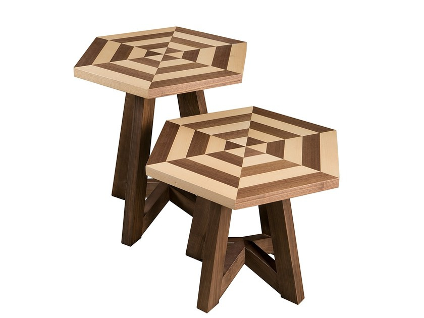 Wooden side table ESTRELA | Side table by Branco sobre Branco