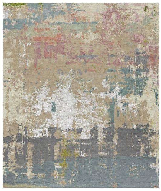 Handmade rectangular rug EVEDAL by HENZEL STUDIO