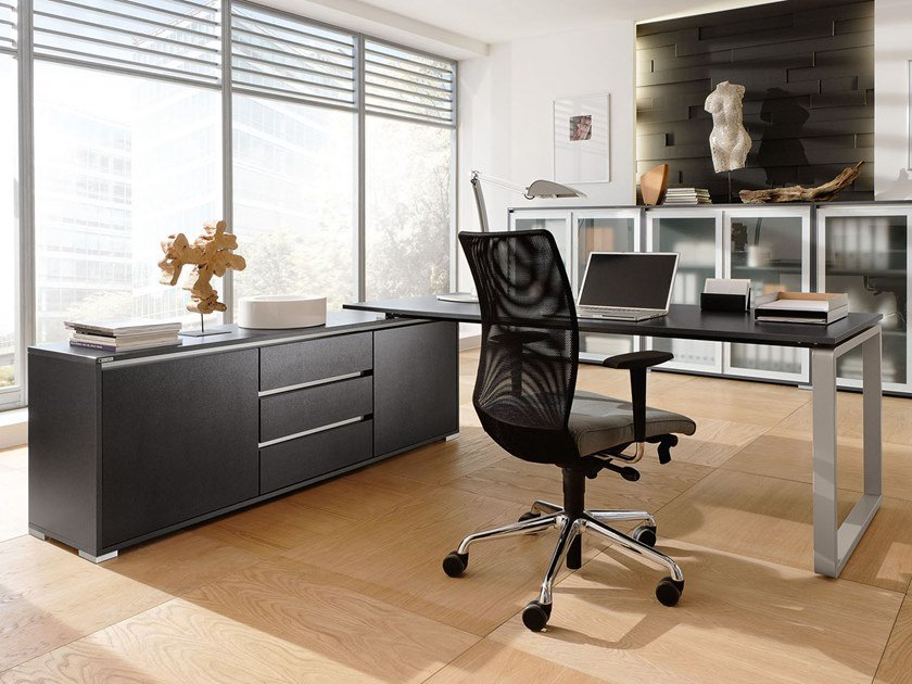 Executive desk PENSUM | Executive desk by PALMBERG