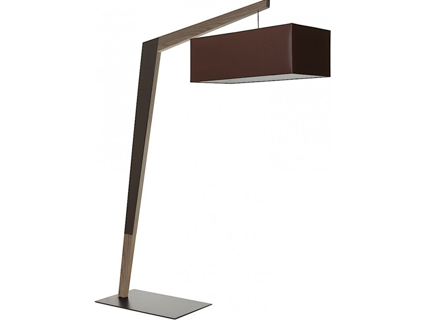 Wooden floor lamp FACTORY by Flam & Luce
