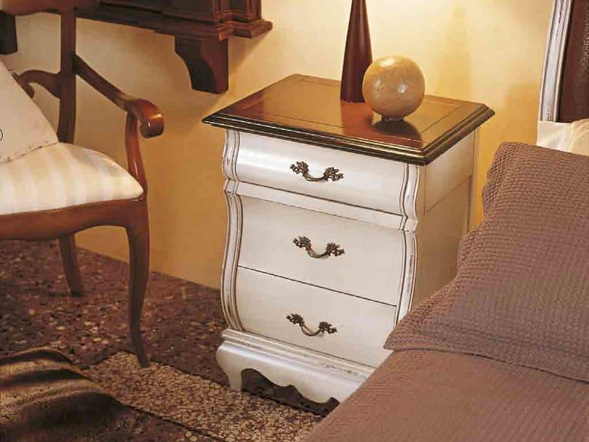 Comodino in legno massello con cassetti FENICE | Comodino laccato by Arvestyle