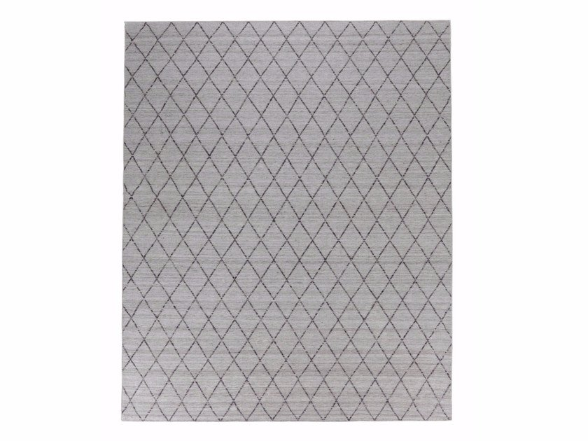 Fabric rug with geometric shapes FINSERVE VOL. II. by miinu