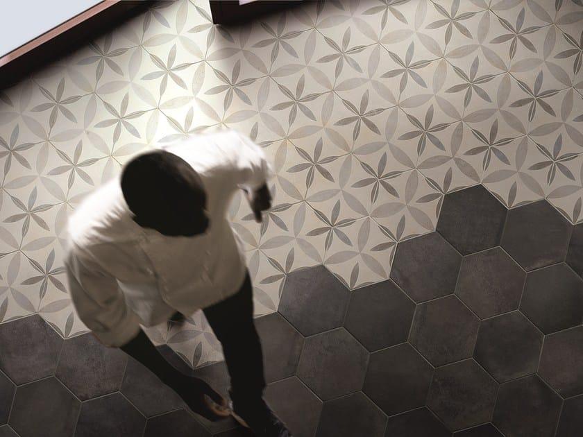Pavimenti In Cotto Con Mosaico : Terracotta floor immagini terracotta floor fotos stock alamy