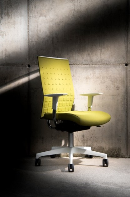 Polypropylene task chair with 5-Spoke base with armrests with casters FIT UP by Diemme