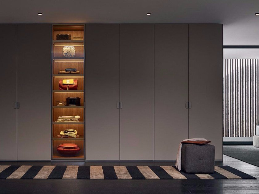 Sectional lacquered glass wardrobe FITTED | Lacquered wardrobe by poliform & FITTED | Lacquered wardrobe By poliform