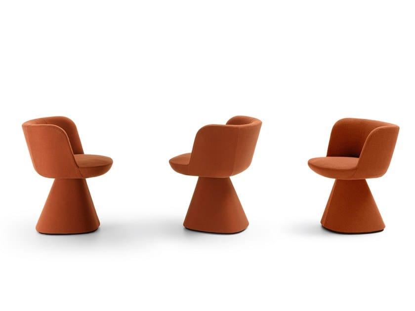 Sedia imbottita con braccioli FLAIR O' by B&B Italia