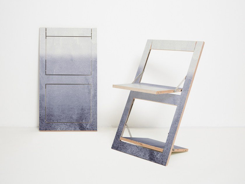 Sedia pieghevole in compensato FLÄPPS FOLDING CHAIR - FADING GREY by AMBIVALENZ