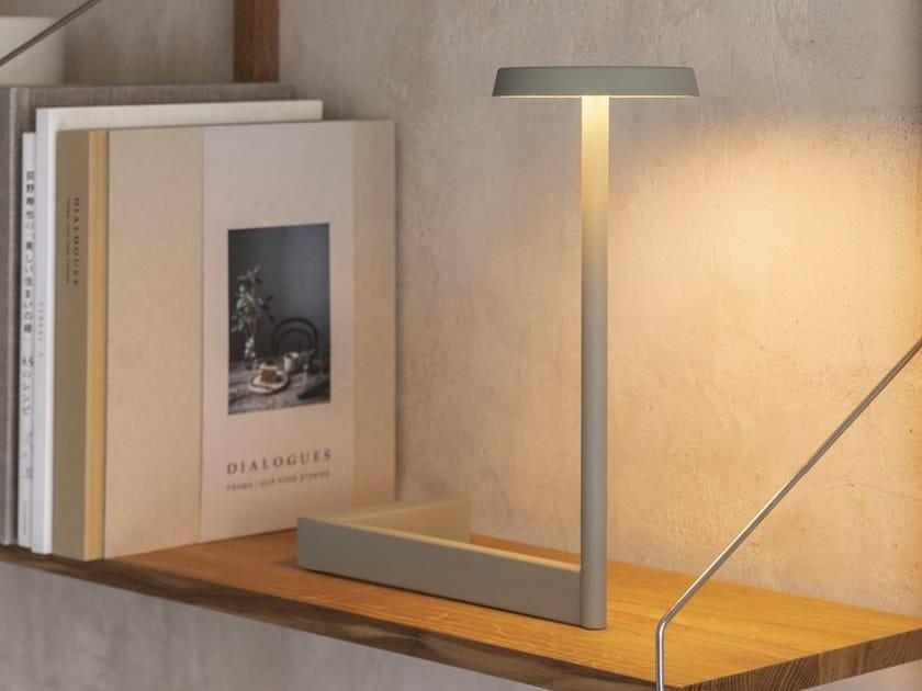 LED metal table lamp FLAT   LED table lamp by Vibia