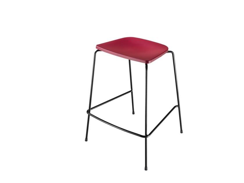 Polypropylene stool with footrest FLINT 549 | Polypropylene stool by Metalmobil