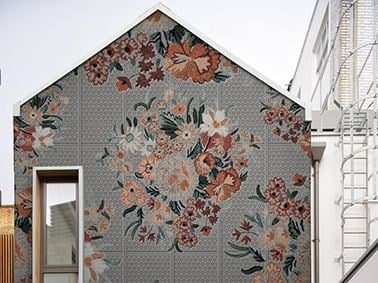 Outdoor wallpaper with floral pattern FLO by Wall&decò