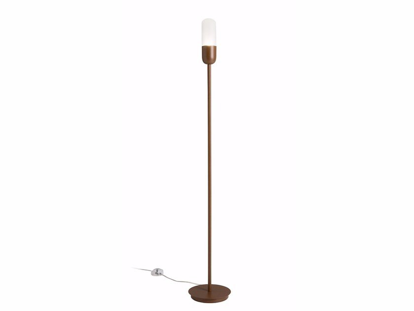 LED iron floor lamp CAPSULE | Floor lamp by ALMA LIGHT