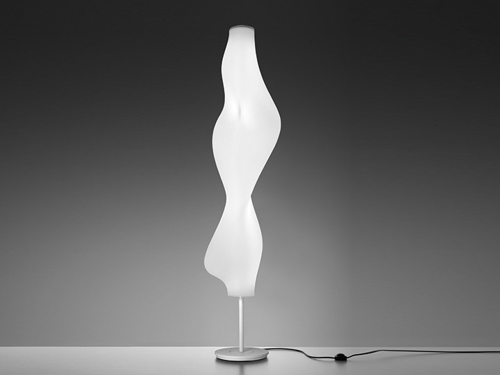 Direct-indirect light fluorescent polyethylene floor lamp EMPIRICO | Floor lamp by Artemide