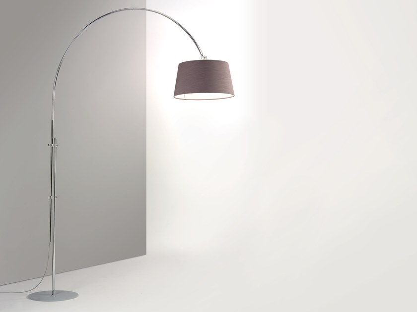 Height-adjustable fabric arc lamp RISE | Floor lamp by Cattaneo