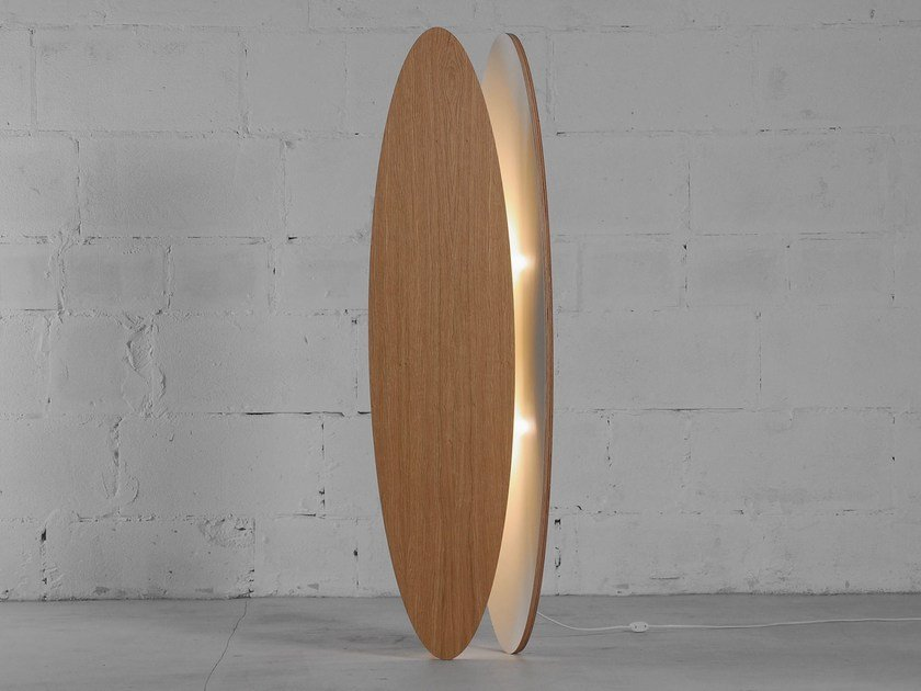 LED wood veneer floor lamp OVA | Floor lamp by ODESD2