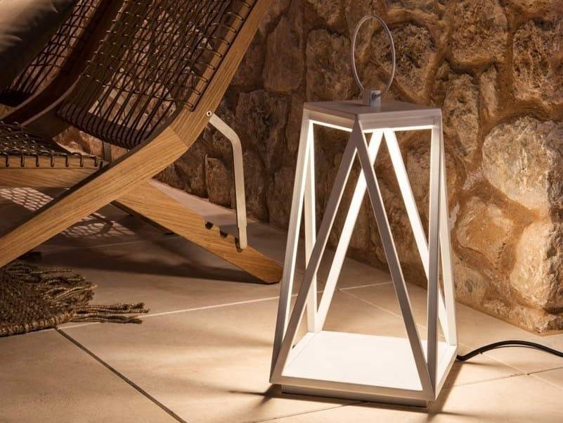 LED iron floor lamp OSLO | Floor lamp by Unopiù