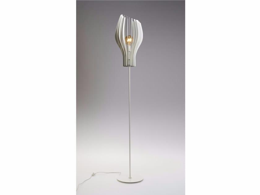 Direct light metal floor lamp SLICES   Floor lamp by ZAVA